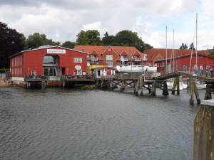 Siegfried-Werft mit Holzklappbrücke