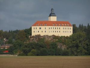 Schloss Neuhirschstein