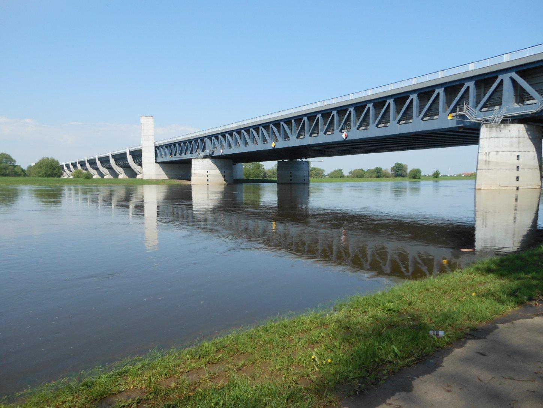 Europäisches Wasserstraßenkreuz - Trogbrücke