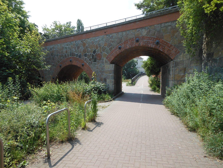 Gleisbrücke