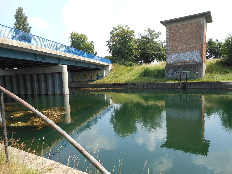 Brücke und Sperrwerk Günthersdorf