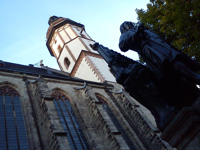 Thomaskirche mit Bach-Denkmal