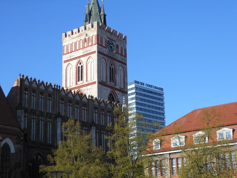 Marienkirche und Oder-Turm