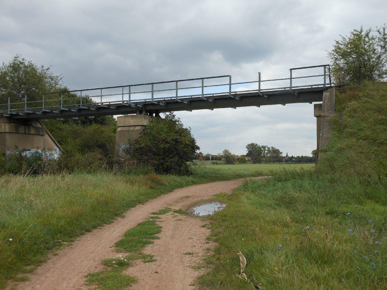 Fuhne-Brücke Kiesbahn